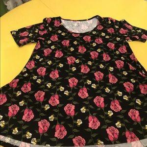 Black and Pink LuLaroe Medium Shirt